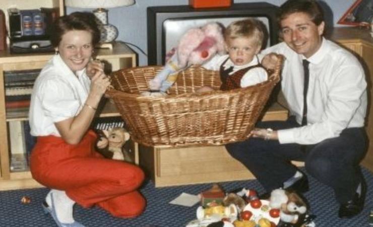 Paolo Bonolis con la sua prima moglie Diane Zoeller e suo figlio Stefano (Solonotizie)