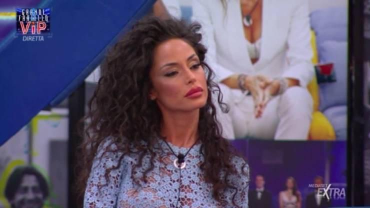 Raffaella Fico durante la prima puntata del GF