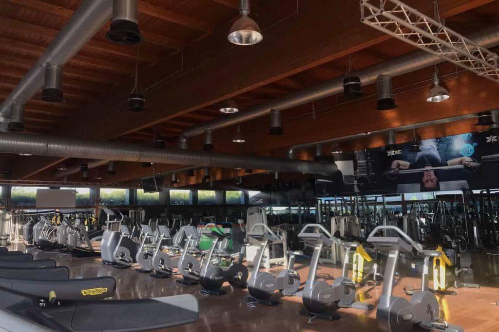 fitness salaria sport village