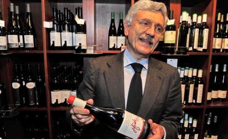 D'Alema è un noto produttore di vini (prezzidivini.it)