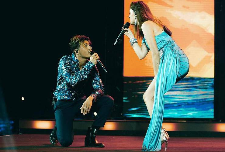 Federico Rossi e Annalisa durante un concerto quest'estate (Instagram)