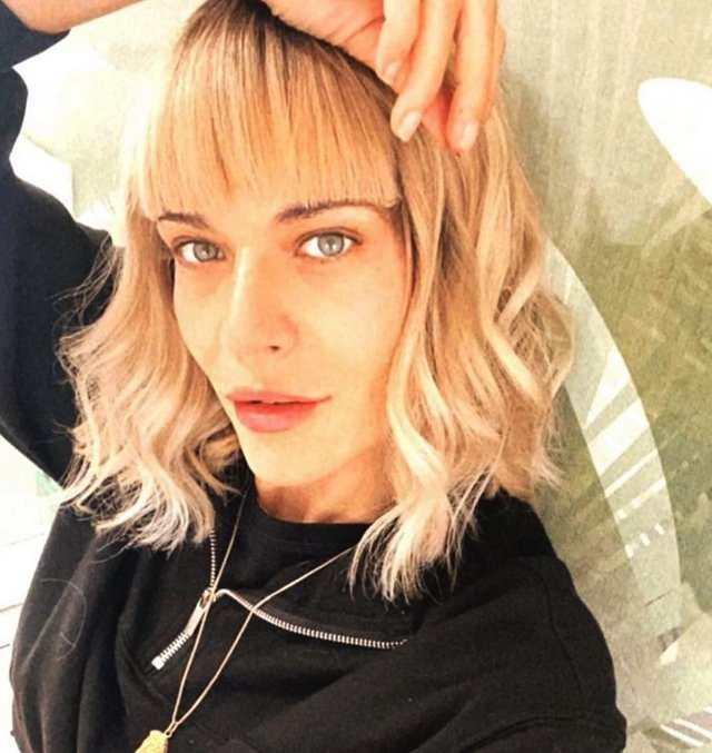 Laura Chiatti stravolge il suo look: irriconoscibile, ma c'è un motivo